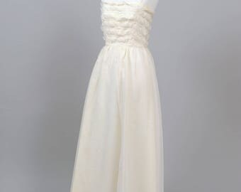 1960 Ruffled Lace Vintage Wedding Gown