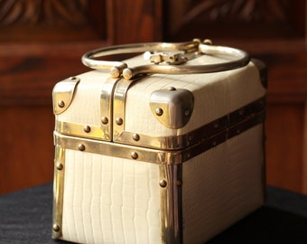 Vintage Cream Borsa Bella Mock Croc Train Case