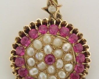 Vintage synthetic ruby and pearl 9ct gold cluster pendant