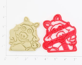 Miss Piggy  Cookie Cutter