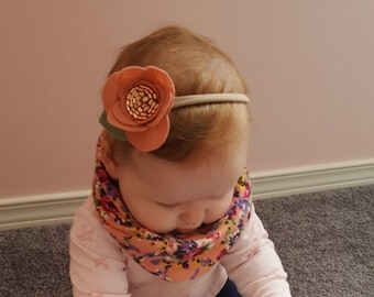Felt flower Headband || Felt Flower || Rose gold || Baby girl || Wedding headband || Bouquetiere || Baby shower || Gift for baby girl ||