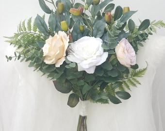 greenery bouquet, trendy bouquet, bridal bouquet, boho bouquet, woodland wedding, rustic wedding , rose bouquet, silk bouquet