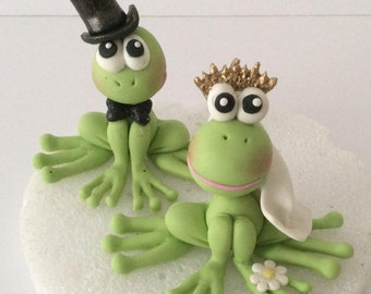 Frogs cake topper for wedding cake