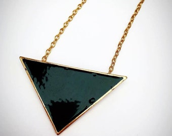 Black Geometric Triangle - Necklace - Gold Jewellery - Noir Jewelry