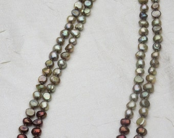 Green and Copper Pearl Beaded Necklace