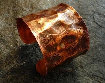 Wide copper cuff bracelet, Hammered copper, Artisan jewelry, Copper jewelry, Rustic cuff bracelet, Boho jewelry, Copper bracelet, Metalwork