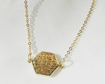 Gold & Dainty: The Aly