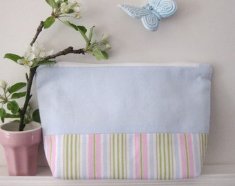 Pencil case pouch blue striped with level ground