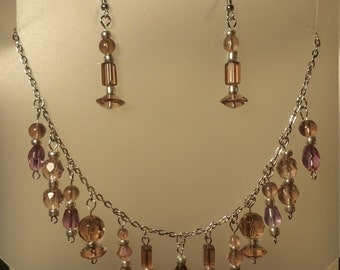 Light purple necklace/earring set