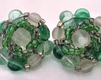 VIntage Green Glass Bead Cluster Earrings Silver Clip FIlligree Backs Japan Costume
