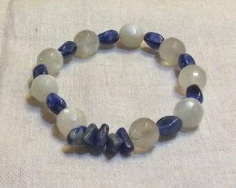 With white stone lapis lazuli bracelet