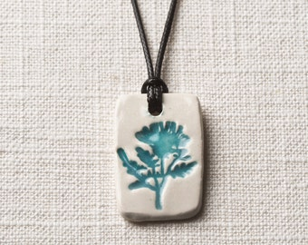 Essential Oil  Necklace with Free 100% Pure Lavender Oil/Ceramic/Thistle Necklace