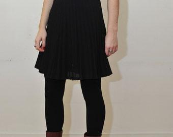 Black skirt/ wool skirt / Size S