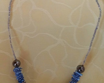 Blue sea - necklace with shells and beads