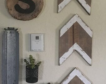 Distressed Wooden Arrows