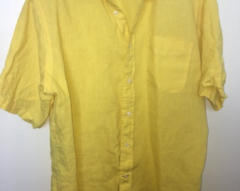 Bright yellow vintage button down short sleeve shirt