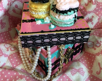 Dark sweets wooden stash box