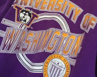 University Of Washington - Old School Huskies Vintage T-Shirt