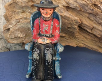 Vintage Salt & Pepper Amish Man Rocking Chair. Cast Iron Shaker Set. Very old, collectible!