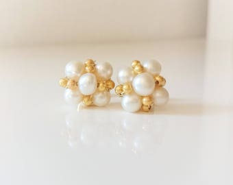 Natural pearl earrings with gold beads