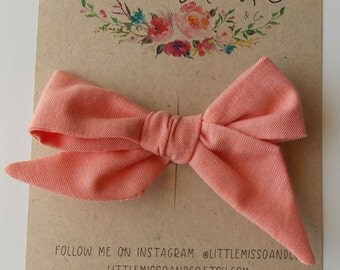 Oaklie Hand-Tied Bow in Coral