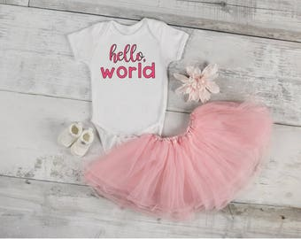 Hello World, New Baby Girl, Baby Onesie, Baby Girl, Baby Shower, Welcome Home, Coming Home Outfit, Pregnancy reveal, announcement, new baby