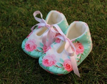 Baby shoes Spring Roses-various sizes