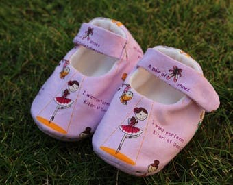 Shoes of dancers - baby size 0-1 month