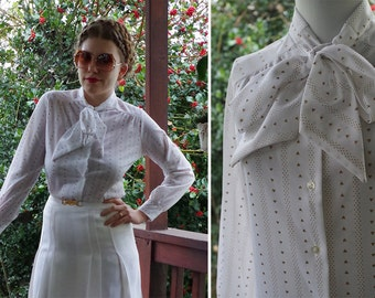 Golden HEART 1960's 70's Vintage White + Gold Striped Polyester Blouse w/ Bow // Long Sleeves // size 34 // Small