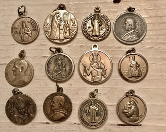 SALE 12 Vintage HOLY Medals Oval Round Mary Jesus Saint Italy Religious Catholic Medal Jewelry Supplies Crucifix Pendant Earrings Set5A