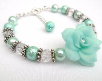 Mint Green Bracelet with Rose Flower, Mother of the Bride Gift, Mint Pearl Bracelet, Single Strand Bracelet, Unique Jewelry, Floral Bracelet