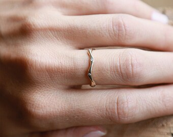 14k Stone Leader Ring with Diamonds | 14k Gold and Diamond Ring
