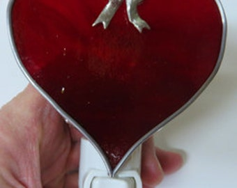 Heart Nitelite 4 Choices - Red Heart Nightlights- Bows - Plain -  Wire - 3 Valentine's Day Red Heart Nightlights To Choose From