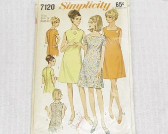 1960s Vintage Dress Pattern with Three Necklines 34 Inch Bust Simplicity 7120 1967