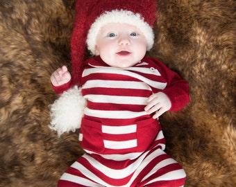 Santa Baby Hat, Newborn Photo Prop, Knit Baby Hat, Stocking Hat, Newborn Photo Prop, Photography Prop, Newborn Hat