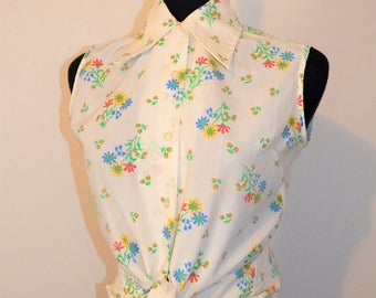 60s 70s floral print wide collar White button down shirt. Blouse sleeveless. waist tie. Bust 38 Orange, Red Blue and Yellow flowers.