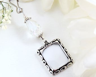 Wedding bouquet photo charm. Photo charm with teardrop crystal. Bridal bouquet photo. Memorial picture frame charm. Bridal shower gift