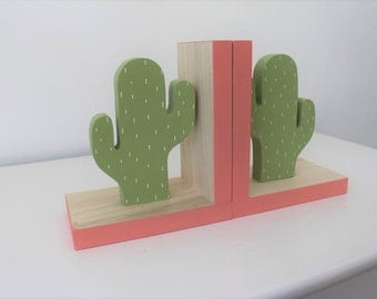 Cactus Bookends Coral Pink Accent, Cactus Nursery, Cactus Kids Decor, Greenery, Succulent, Succulence, Green Cactus Decor, Wood Bookend,