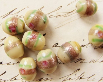 vintage lampwork beads - murano style cream oval glass beads with aventurine and pink roses - circa 1980s - 10mm - 10 beads