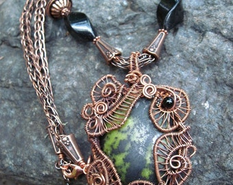 Copper wire weave epidote pendant with onyx and viking knit chain