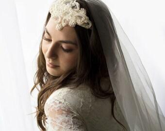 wedding crown, wedding crown headpiece, wedding veil, wedding veil fingertip, wedding veil lace, wedding veil ivory, bridal veil, veil,