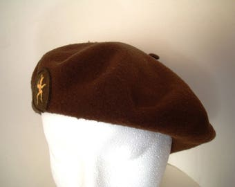 Brownies Official Beret Pure Wool Felt Circa 1960s Vintage Pixie Emblem GGC Brown Girl Guides of Canada Scouts Size Large Basque Beret Tam