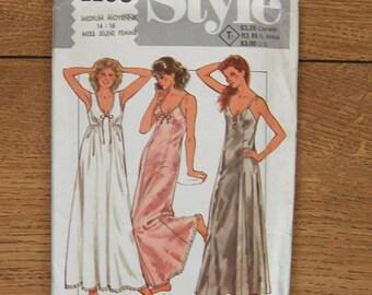 vintage 1984 style pattern 4168 misses set of nightdresses lingerie sz 14-16 med uncut