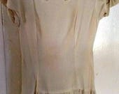Gorgeous Early 40s Ivory Rayon Crepe and Peekaboo Net Tiered Formal Party Dress - Xs/S
