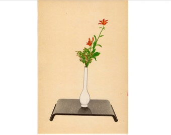 c. 1935 IKEBANA JAPANESE FLOWER arrangement lithograph - original vintage print -  botanical - lily & wax tree - heikwa