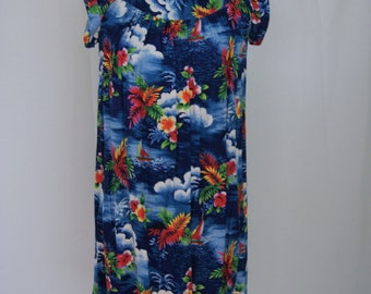 VIntage Soft Rayon Hawaiin Babydoll Dress or Cover Up by MAde in Hawaii Small