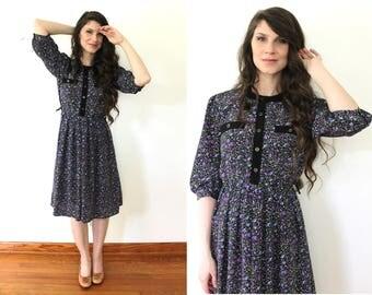 Vintage Dark Floral Dress / 80s does 40s Violet Dark Floral Button Up Dress