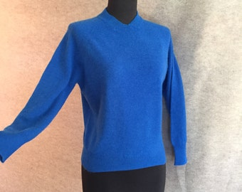 Vintage 50's Sweater, Blue Knit Pullover, Cropped Rockabilly 50's Sweater Girl Style, Women's Medium, Bust 36, SALE