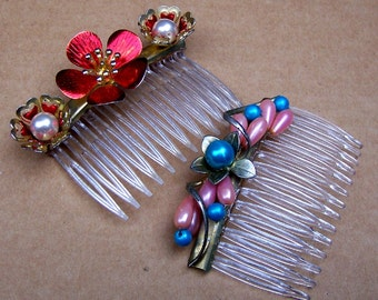 2 Mid century floral hair combs Hollywood Regency hair jewelry hair accessory decorative comb flower comb faux pearls