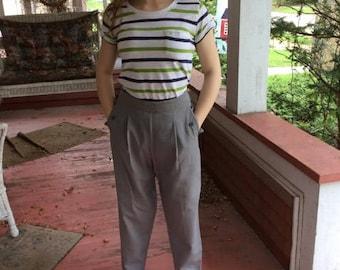 Vintage 1940s Pants Trousers Slacks Grey Gabardine Hollywood Waist Women's Two Front Pleats & Pockets Left Side Metal Zipper